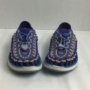 Keen purple bungee sandals. 3